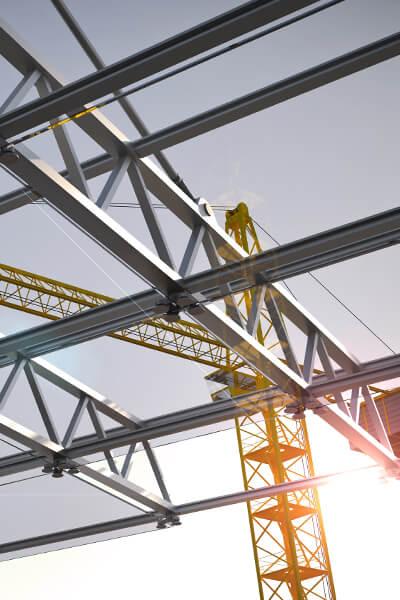 Konstrukcje stalowe, do pokrycia których użyty został specjalny lakier przemysłowy.